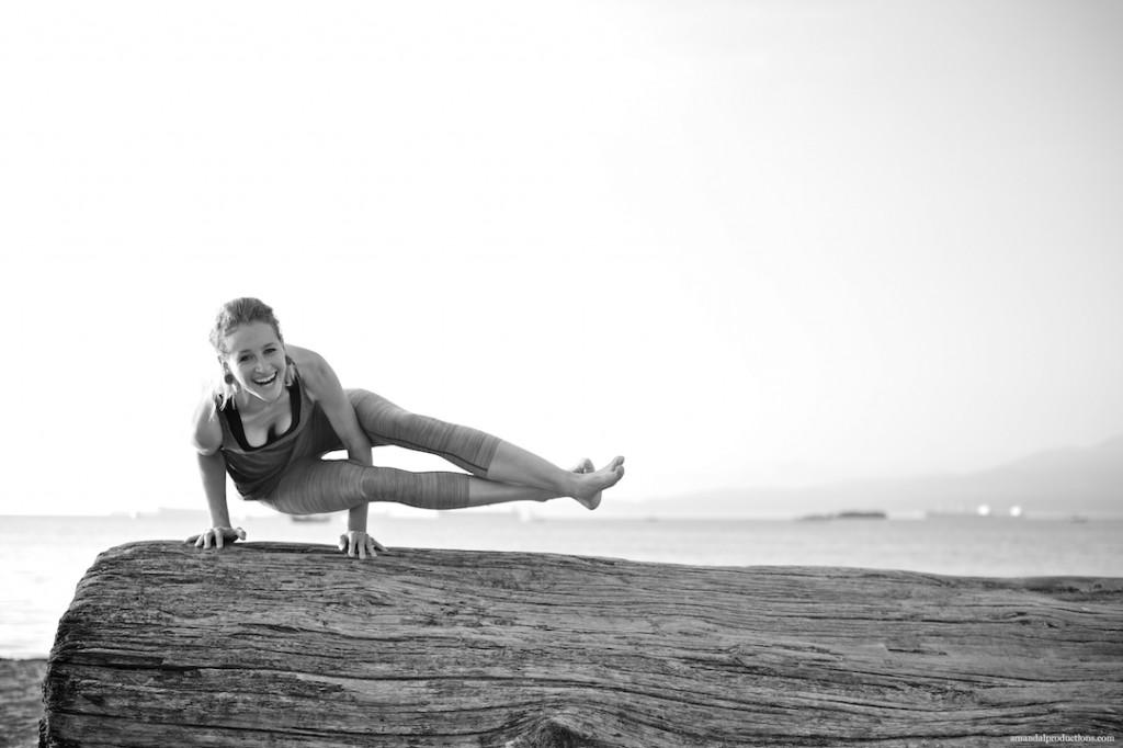 Amber_Yoga 5Q0A7230